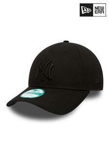 New Era® League Essentials New York Yankees 9FORTY Cap