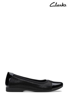 Clarks Black Un Darcey Cap Shoe