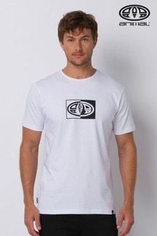 Animal Lister Graphic T-Shirt