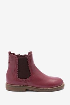 Leather Scallop Chelsea Boots