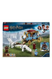 LEGO® Harry Potter Beauxbatons Carriage: Arrival At Hogwarts 75958