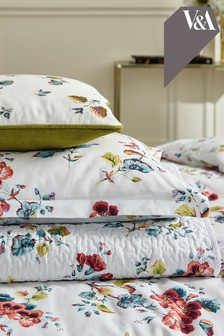 V&A Sweet Geranium Throw