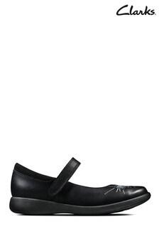 Clarks Black Etch Spark T Shoes