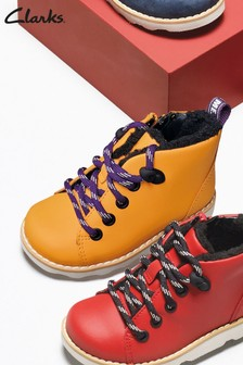 Clarks Yellow Crown Tor T Boots