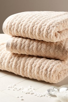 Natural Cable Knit Effect Towel