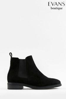 Evans Curve Black Chelsea Boots