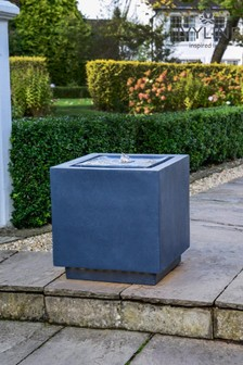 Outdoor Elite LED Cube Water Feature by Ivyline