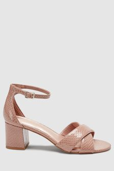 Forever Comfort Cross Over Block Heel Sandals