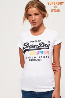 تي شيرت نص Premium Goods من Superdry