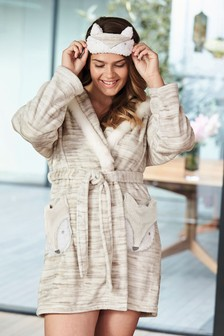 Character Robe