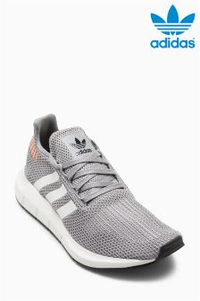 Baskets adidas Originals Swift