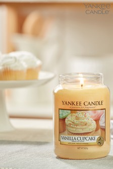 Yankee Candle Classic Large Vanilla Cupcake Candle