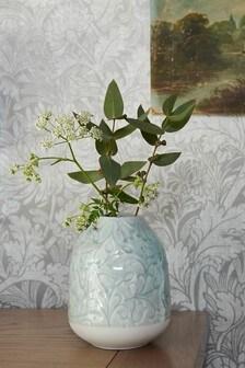 Керамическая ваза с тисненым цветочным рисунком