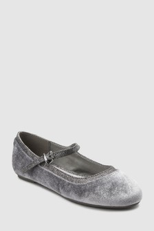 נעלי בובה מקטיפה (נוער)
