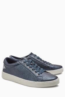 Back Star Lace-Up Trainers