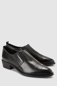 Schuhe im Western-Stil
