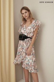 Różowa, kopertowa sukienka Sofie Schnoor Retro w kwiaty