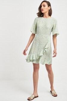 Sukienka z falbanami i nadrukiem w kropki