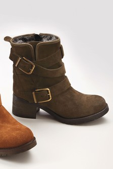 Signature Comfort Buckle Boots