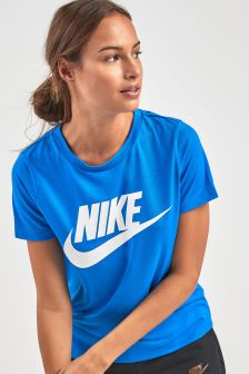 T-shirt Nike Essential bleu