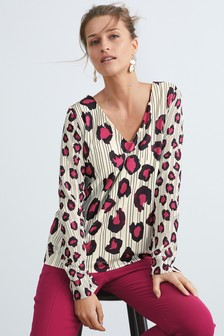 D-Ring Back Long Sleeve Top