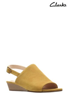 064d76863 Clarks Yellow Mena Lily Sandal
