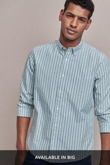 Camisa de corte estándar con rayas y alce