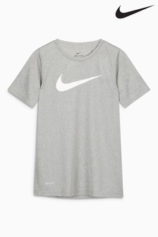 Nike Solid Swish Tee