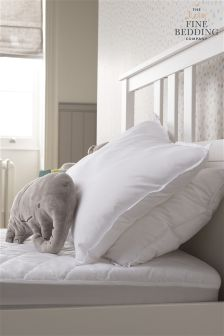 واقي فرشة مضاد للماء صغير من Fine Bedding Company