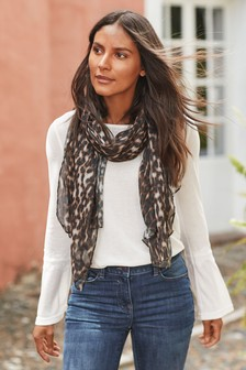Scarf Layer Lace Trim Top