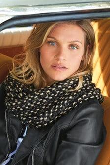 Блестящий шарф-хомут