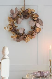 Metallic Foliage Wreath