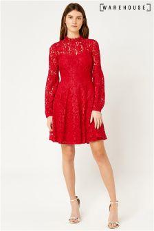 Czerwona koronkowa sukienka Warehouse Skater
