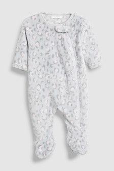 חליפת פיג'מה מפליז עם הדפס מנומר (0 חודשים-3 שנים)