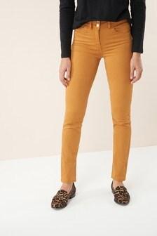 Figurverbessernde Jeans mit schmaler Passform
