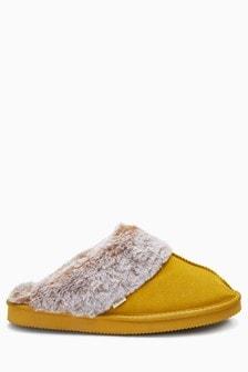 绒面革拖鞋