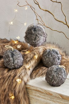 Set of 4 Faux Fur Baubles
