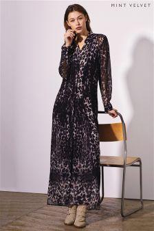 Czarna długa sukienka z nadrukiem Mint Velvet Ellen