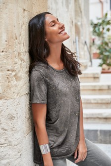 Washed Star Embellished Tee