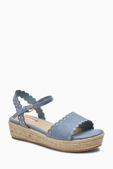 Scallop Wedge Sandals (Older)