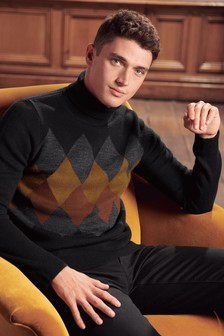 Argyle Pattern Roll Neck