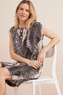 T-Shirt Kleid mit kastenförmiger Silhouette
