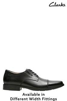 Clarks Tilden Schuhe mit Zehenkappe, weite Passform, schwarz
