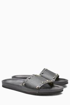 Stud Footbed Sandals