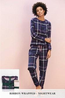 Pyjama à carreaux avec ruban