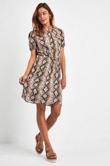 Kleid mit Tunnelzugbund
