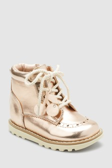 High-Top Sneaker (Jünger)