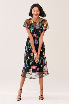 342e3a4b20 Floral Embroidered Mesh Midi Dress