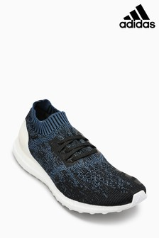 Baskets adidas Ultra Boost uncaged bleu marine