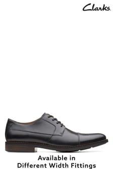 Clarks Becken Schuhe mit Zehenkappe, weite Passform, schwarz
